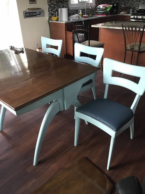 restored table and chairs